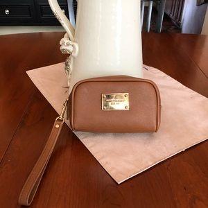 Michael Kors Makeup Bag / Wristlet